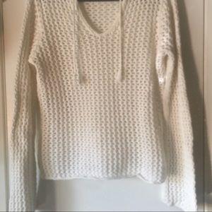 White long sleeve sweater